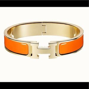 Hermès click H bracelet in the color orange